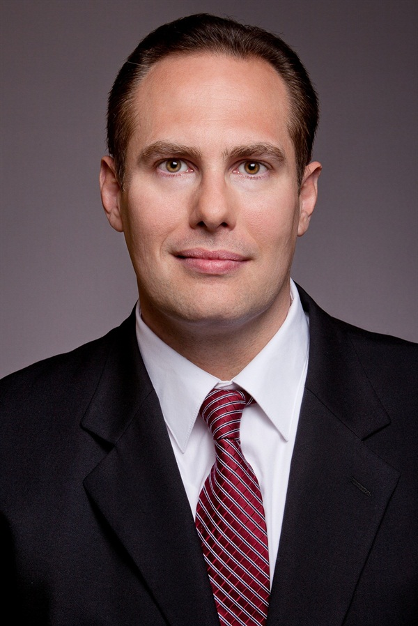 Dr. Arthur Volker Minimally Invasive Esthetic Dentistry: An Oxymoron?
