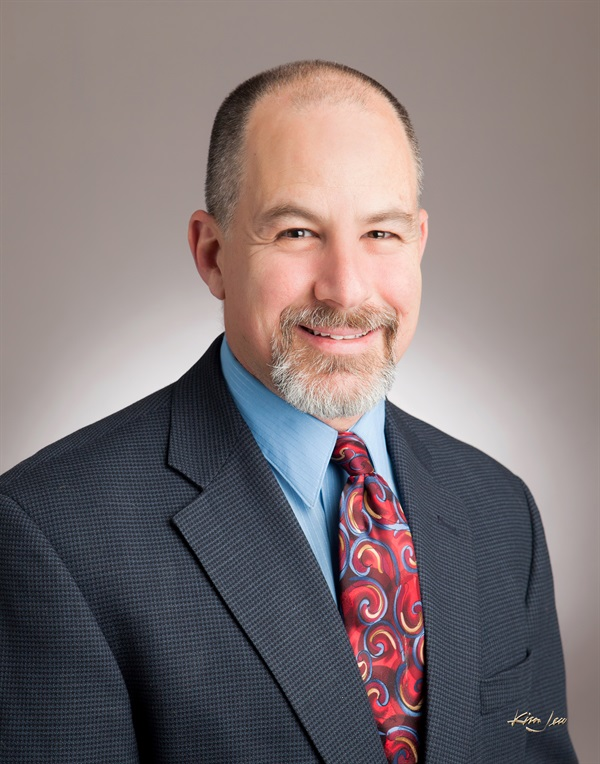 Dr. Charles Schlesinger Dental Implants From Planning to Restoration: Potential Issues in Treatment Planning.